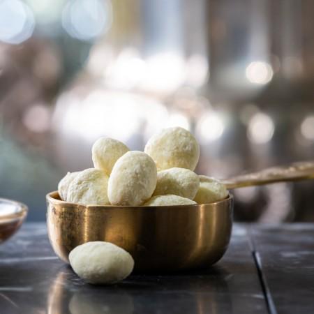 Kokosmandeln in weißer Schoko